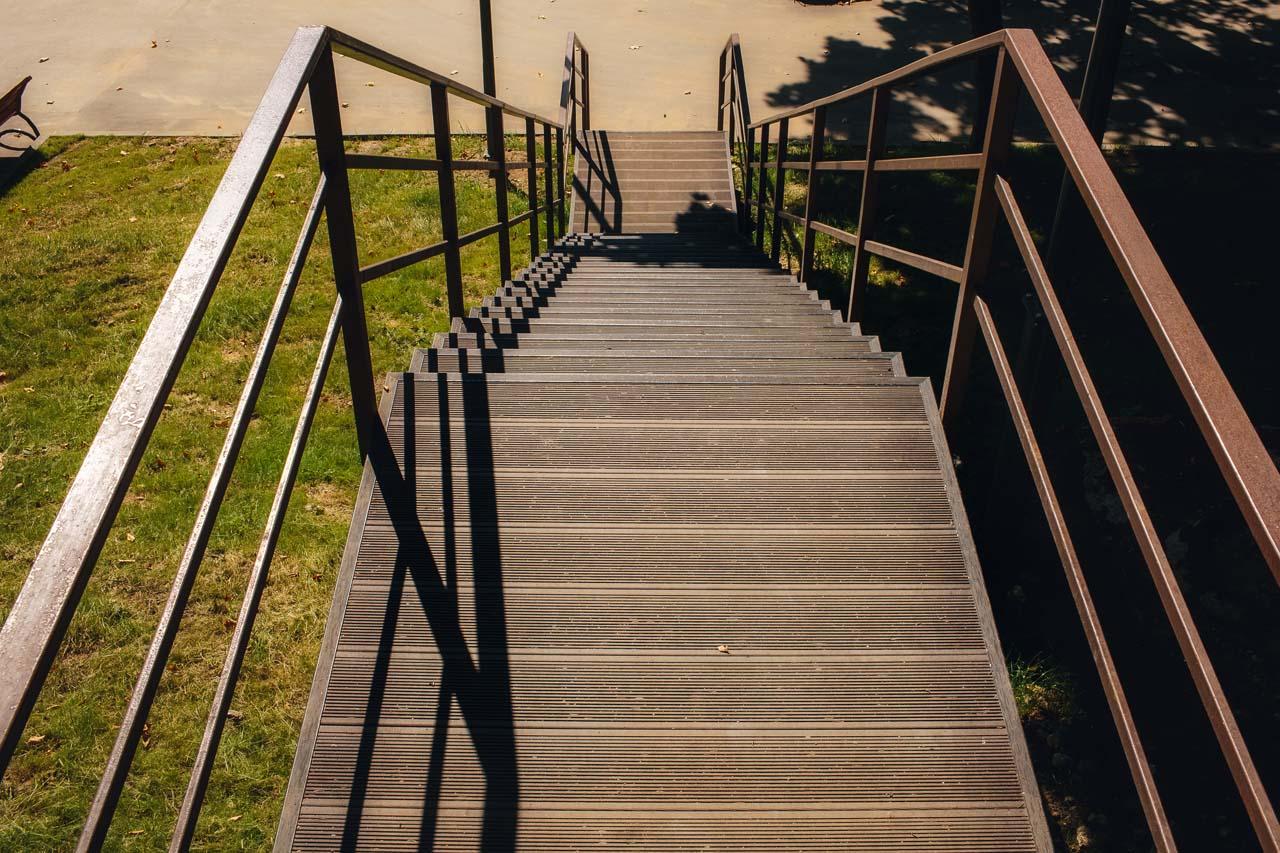 Обустройство лестницы в санатории «Заречье»